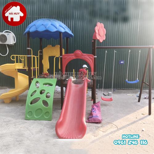 HB9-002-nha-choi-2-khoi-cau-truot-xoan-kem-xich-du-doi1