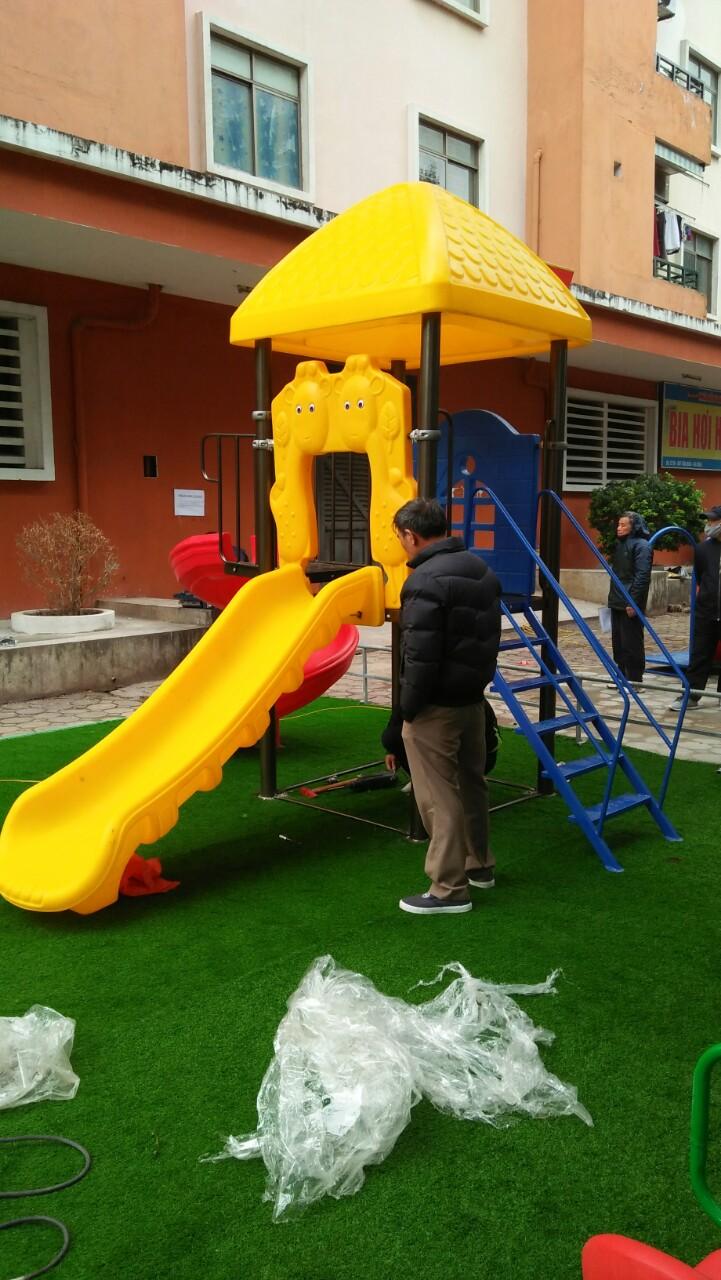 Lắp đặt công trình thang leo cầu trượt tại trường mầm non Bắc Ninh