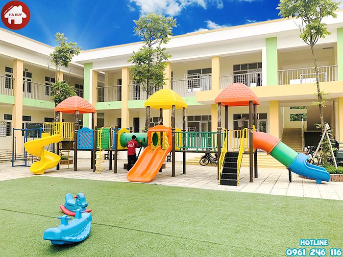 Lắp đặt nhà khối liên hoàn ngoài trời cho trường mầm non tại Quốc Oai – Hà Nội